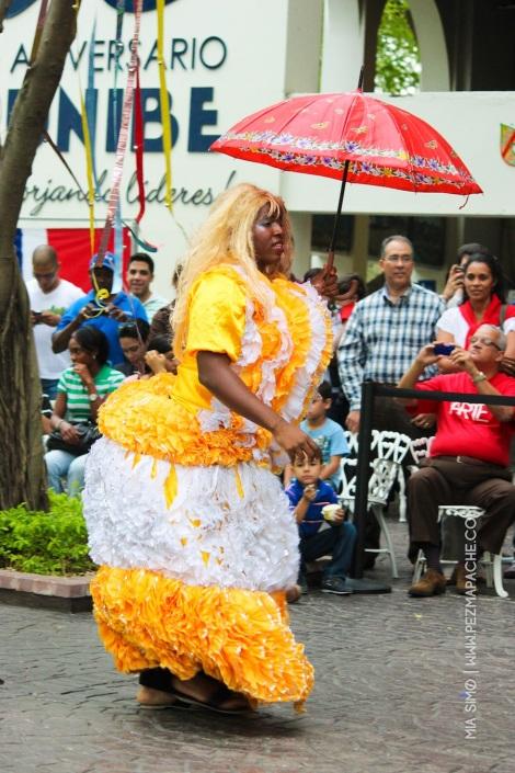 mia-simo-pezmapache-carnaval-2013-republica-dominicana-6939