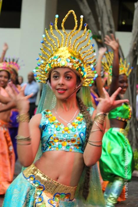 mia-simo-pezmapache-carnaval-2013-republica-dominicana-7108