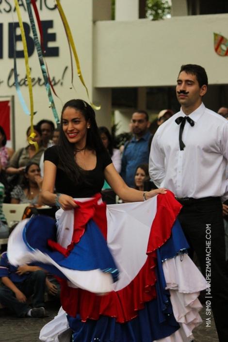 mia-simo-pezmapache-carnaval-2013-republica-dominicana-7179